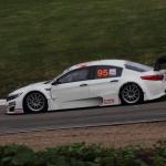 Linus Ohlsson racing his Kia Optima